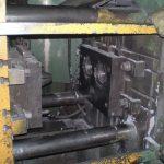 наладчик литейных машин под давлением-проверка работоспособности пресс-формы